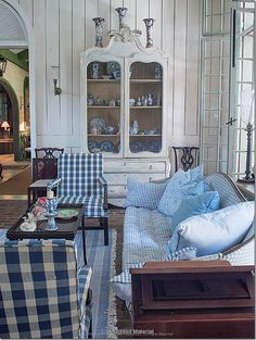 The blue and white check reminds me of Nanny. Room of the Day ~ mix of blue checks, stripes, white panelling and scrumptious curved piece - from One Man's Folly: The Exceptional Houses of Furlow Gatewood Blue Rooms, White Rooms, Casas Magnolia, Enchanted Home, Home And Deco, White Decor, Country Decor, Country Living, Great Rooms