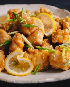 Chinese lemon sesame chicken with an irresistibly sticky, sweet and sour chinese lemon sauce. One of your most favorite Chinese chicken dishes is easy to make at…View Post Chinese Lemon Chicken, Chinese Food, Asian Chicken, Peking Chicken, Sesame Chicken, Roast Chicken, Kitchen Recipes, Cooking Recipes, Cooking 101