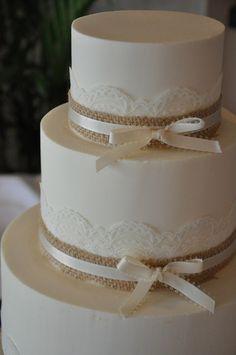 Burlap and lace wedding cake #weddingcakes #burlapwedding #rusticwedding