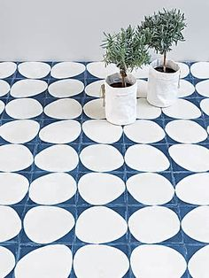 Marrakech Design is a Swedish company specialized in encaustic cement tiles. Floor Design, Tile Design, House Design, Floor Patterns, Tile Patterns, Mad About The House, Interior And Exterior, Interior Design, Encaustic Tile