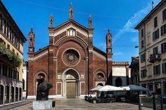 E con un altro gioiello milanese la chiesa di Santa Maria del Carmine fotografata da Franco Brandazzi vi auguriamo buona serata #milanodavedere Milano da Vedere