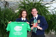 National FFA Organization officers Joenelle Futrell and Clay Daniel Sapp visited the University of Florida earlier this month and took a moment to pose with Flat Albert.