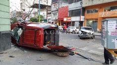 Por un choque está cortado el tránsito en avenida Salta y San Martín…