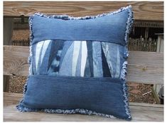 Patchwork Denim, Patchwork Pillow, Quilted Pillow, Denim Quilts, Patchwork Quilting, Sewing Pillows, Diy Pillows, Throw Pillows, Cushions