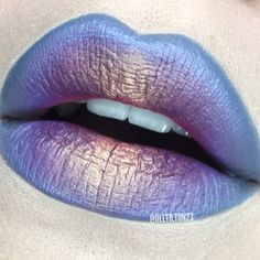 """Unfiltered shot from this @meltcosmetics combo! @meltcosmetics lipsticks in #SPACECAKE & #BYSTARLIGHT 