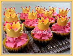 Who wants to give their little girls a royal birthday party?=)  Its the sweetest theme for a tween or a teen.   The ideas are endless! Thou...