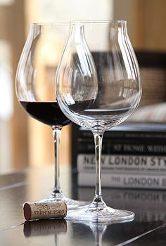 Riedel Vinum Xl Oregon Pinot Noir, Pair 9 *** Check out the image by visiting the link. This is an affiliate link. Crystal Wine Glasses, Red Wine Glasses, Vino Y Chocolate, Oregon Pinot Noir, Wine Dispenser, Just Wine, Pinot Noir Wine, Wine Photography, Wine Down