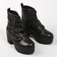 7eb70d62 15 mejores imágenes de Zapatos   Ankle Boots, Beautiful shoes y ...