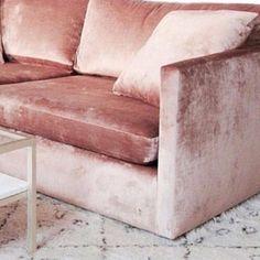 Pink sofa -★-