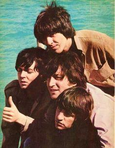The Beatles || John Lennon,Paul McCartney, George Harrison and Richard Starkey