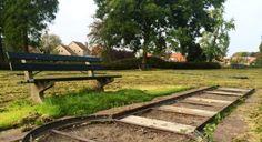 Medemblik - Na de vondst van asbest en de daarop volgende sanering van het midgetgolfterrein in het Koningin Emmapark in Medemblik bleef het lang leeg op het oude midgetgolfterrein. 70.000 euro Het...