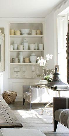 Passiondecor-de-marieclaude: click the image for more details. Interior Exterior, Interior Design, Modern Flooring, Flooring Ideas, White Rooms, Beautiful Interiors, Shabby, Home Accents, Decoration