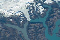 Perito Moreno Glacier near Lake Argentino, Argentina.