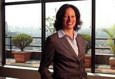 Materia sobre Deborah Vieitas no Diário do Comércio. Segue o link: http://www.dcomercio.com.br/index.php/economia/sub-menu-mercado/112433-carreira-construida-com-experiencias-internacionais
