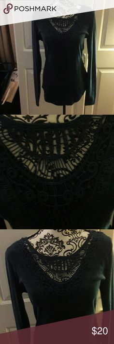 🎀Teal crochet lace inset top🎀 🎀Beautiful dark teal Pattyboutik crochet lace inset long sleeve top, size large. Amazing detail in the lace. Due to the ligting it's very difficult to capture the true color. See first pic for a better idea. Take advantage of my closet clean out clearance sale. ➕ YOU RECEIVE AN AMAZING FREE 🎁 WITH EVERY PURCHASE! 🚫🐕🐱🚬 🚫 trades but offers welcome PattyBoutik Tops