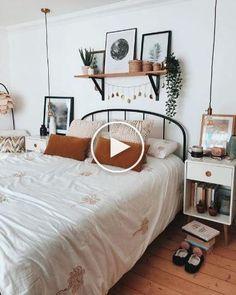 Room Ideas Bedroom, Decor Room, Bedroom Inspo, Home Decor, Bedroom Designs, Bed Room, Bedroom Decor Boho, Bright Bedroom Ideas, Bedroom Wall Decor Above Bed