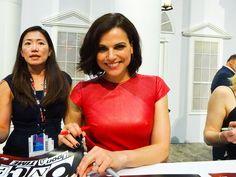 Lana Parilla at San Diego Comic Con 2016 - 23 July 2016