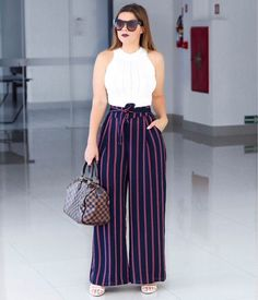 Stylish Summer Outfits, Summer Outfits For Teens, Basic Outfits, Fashion Pants, Hijab Fashion, Fashion Outfits, Western Dresses, Western Outfits, Casual Dresses