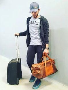Airport style! #mensfashion Airport Style, Gifts For Him, India, Mens Fashion, Moda Masculina, Goa India, Man Fashion, Fashion For Men, Men's Fashion