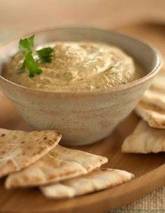 Uno de mi comida favorita es el pan arabe. Es servir con uncountable pure de garbanzos al estilo griego. Mi prefario muchos pans arabes con mi principal comida. Tu no el intento la comida? Tienes la comida a Il Greco!!! Es muy buena!!!!
