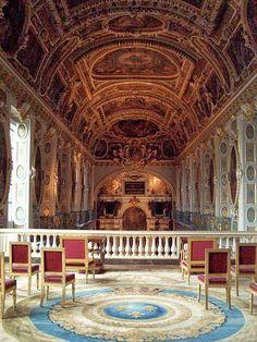 Viajes aristocráticos: Bosque y Palacio de Fontainebleau en Francia