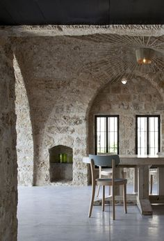 Factory Jaffa House has received a complete contemporary overhaul by Pitsou Kedem Architect of a historic residence located in Old Jaffa, Tel Aviv, Israel. Architecture Design, Pitsou Kedem, Piece A Vivre, Stone Houses, Interior Exterior, Stone Interior, Interior Photo, Interior Design, Inspired Homes
