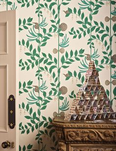 Secret Garden 103/9030 - Whimsical - Cole & Son