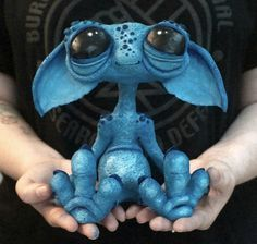 Best Totally Free Clay sculpture creature Thoughts RESERVED for Carla, Moon creature, stargazing alien, handmade unique clay sculpture painted with ac Cute Creatures, Magical Creatures, Fantasy Creatures, Polymer Clay Sculptures, Polymer Clay Crafts, Sculpture Painting, Sculpture Clay, Clay Monsters, Fantasy Kunst
