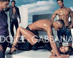 una campaña de Dolce y Gabbana que simula una violación colectiva de hombres, y que nos hace ver que en realidad no han cambiado tanto las cosas