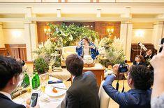 . 二人羽織ファーストバイト 斬新でした . @mako_mcc.weddingplanner . 会場名:#ミエルココン @mielcocon_brass_guesthouse produced by @kana_mcc.weddingplanner photo by @y.teramachi_parsec florist by @theoryflowers hairmaked by @hm.bonheur おトクなフェア予約開催中 コチラからの予約が一番お得です @mielcocon_brass_guesthouse 検索ピープルにて.mccと検索 ウェディングプランナーキッチンメンバーの アカウントが見られます #ミエルココン花嫁#三重#津#伊勢#鈴鹿#結婚式#プレ花嫁#ウェディング#結婚#結婚式準備#ウェディングドレス#ビードレッセ#卒花嫁#日本中のプレ花嫁さんと繋がりたい#ガーデンウェディング#結婚式レポ#令和婚#ウェディングプランナー#2019夏婚#2019秋婚#2019冬婚#2020春婚#marry花嫁#花嫁diy#前撮り#ウェディングニュース#weddin Table Decorations, Dinner Table Decorations
