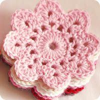 crochet flowers I like...coz I don't like ALL crochet flowers!