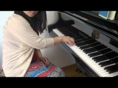 Kei Ohkuma private lesson Piano lecture Vol. 003「Foam3」  Pianist, Kei Ohkuma lecture clarity about how to play the piano   大熊径のプライベートレッスン ピアノ編 Vol.003 手の形  ソプラノ歌手でピアニストの大熊径がピアノを弾くために必要なポイントを的確にレクチャー  テロップが間違っていました。 ×ピアノスト ○ピアニスト 訂正させていただきます。  Kei Ohkuma official site http://www.kk-musica.com/kei_ohkuma/i...  Facebook Page https://www.facebook.com/kei.ohkuma.o...  Twitter https://twitter.com/keiohkuma  iTunes https://itunes.apple.com/jp/album/vie...  Ameba blog http://ameblo.jp/keiohkuma