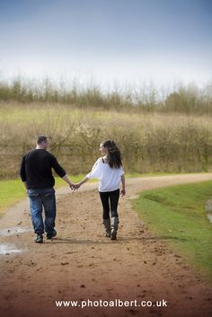 #Engagement #photo #shoot at #Bedfont_Lakes_Country_Park in Middlesex by #Wedding #Photographer_in_Surrey Hampshire and London