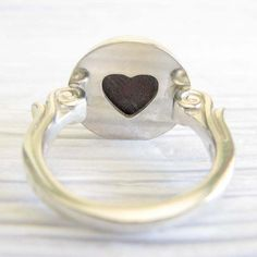 Hey, I found this really awesome Etsy listing at https://www.etsy.com/listing/205810048/glass-cremation-sterling-silver-ring