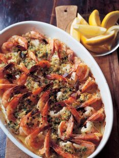 Baked Shrimp Scampi and a crusty baguette go perfect with a white wine for a Friday evening.