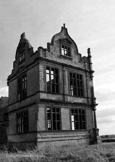 Last stand -- (Morton Corbett Castle, Shawbury) Abandoned Castles, Abandoned Mansions, Abandoned Places, Old Buildings, Abandoned Buildings, Beautiful Ruins, Medieval Houses, Second Empire, Haunted Places