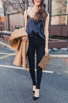 """Going Out Outfits: The Only """"Night Out"""" Outfit Formula You'll Ever Need. # Outfits night Going Out Outfits: The Only """"Night Out"""" Outfit Formula You'll Ever Need First Date Outfits, Bar Outfits, Casual Outfits, Winter Outfits, Club Outfits, Casual Party Outfits, First Date Outfit Casual, Winter Going Out Outfits, Date Outfit Fall"""