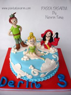 Peter Pan, Tinkerbell, and Kaptain Hook cake