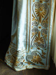 #Drapes, beautiful embroidered edge detail.  Elegant traditional design. #InteriorDesign