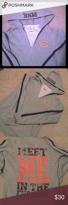 PINK Chicago Bears Sweatshirt Brand new, great condition! PINK Victoria's Secret Tops Sweatshirts & Hoodies