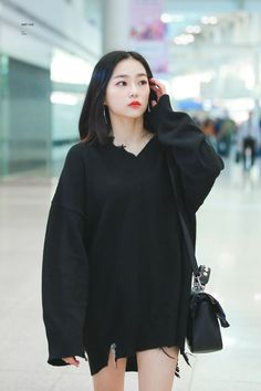 Find images and videos about k-pop, clc and yeeun on We Heart It - the app to get lost in what you love. Kpop Fashion, Korean Fashion, Girl Fashion, Fashion Outfits, Airport Fashion, Fashion Ideas, Fashion Inspiration, Kpop Girl Groups, Kpop Girls