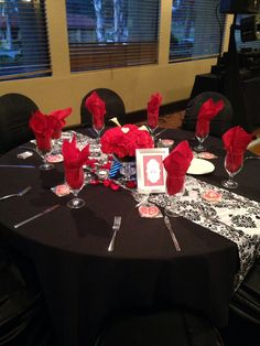 Table Setting   Red, Black, And White Colors Part 94