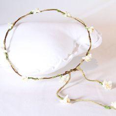 Corona Rustica Flores Blancas