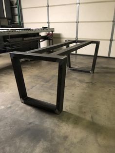 Diy Dining Room Table, Furniture Dining Table, Metal Dining Table, Countertop Oven, Countertops, Door Table, Metal Table Legs, Square Tables, Modern Interior Design