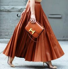 Great skirt and clutch!