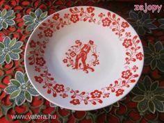 Zsolnay porcelán fali dísztányér (8823)