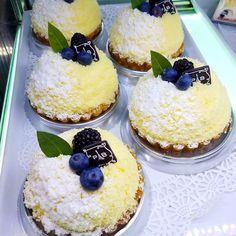 Lemon blueberry tart for breakfast? Sounds like a plan to me! # # # #parisbaguette #nycstylelittlecannoli #tblogger #newyork #nycblogger #travelblog #this_is_nyc #prettycity #whatsupnyc #nycgo #nyclove #explorenyc #newyorknewyork #buzzfeedtaste #yahoofood #pastry #instayum #f52grams #thefeedfeed #nyceats #foodporn #manhattan #food #lemon #blueberry #tart #insagood