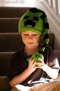 Minecraft Creeper Hat - free knit pattern