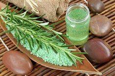 Green herbal spa. #BeautyHacksForTeens King Of Persia, Beauty Hacks For Teens, Jewish Girl, Ancient Beauty, Fragrance Oil, Beauty Secrets, Herbalism, The Secret, Herbs