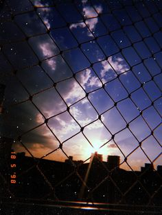 Look at our niche site for lots more relating to this spectacular fence aesthetic Sky Aesthetic, Aesthetic Photo, Aesthetic Pictures, Aesthetic Pastel Wallpaper, Aesthetic Wallpapers, Tumblr Wallpaper, Wallpaper Backgrounds, Applis Photo, Creative Instagram Stories